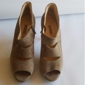 Paul green heels size 9.5
